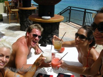 Maryse , Chris Jericho and Les Soeur Bella