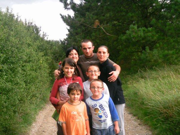 moi et mon homme et la petite familles je vous saimes