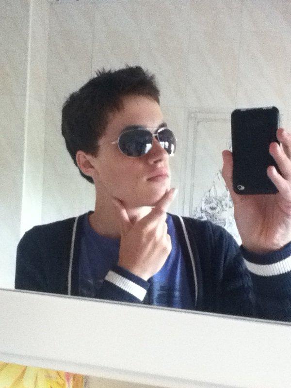 Vous aimez mon nouveau look?? ;)