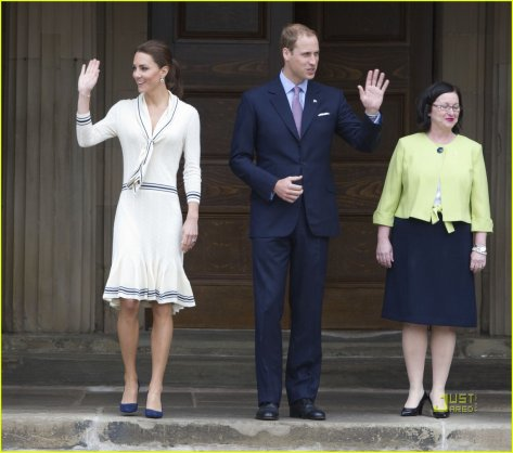 Prince William & Kate: Province House Visit!