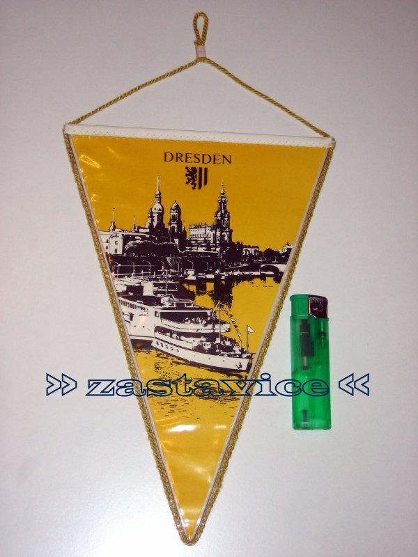 99 - zastavica Dynamo Dresden - Crvena Zvezda 1991