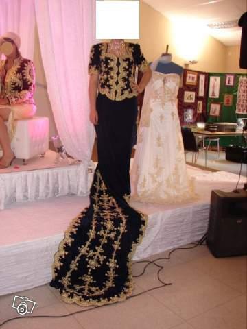 Louer robe soiree bordeaux