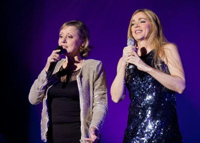 Dorothée et Hélène à Bercy le 18 décembre 2010