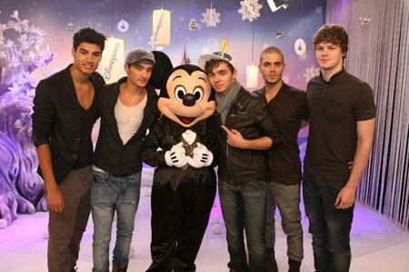Disneyland !! <3