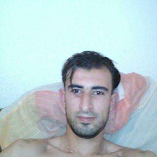 Moi pose ds mon lit