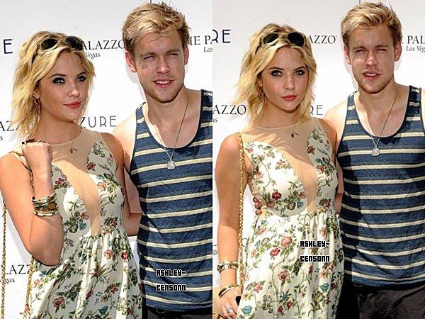 2.Septembre.2012 - Ashley était a la piscine Azure de Las Vegas , elle était accompagnée de Chord Overstreet . → Ash' était magnifique , elle était toute souriante et j'adore sa robe