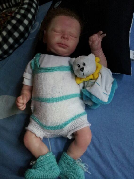 Malone et sa combi tricotée