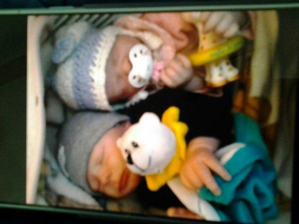 Mes 2 realborn scaner à partir de un vrai bébé  que j'ai réalisé   j adoree