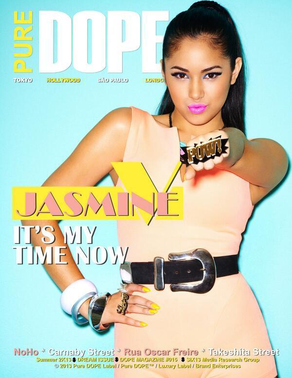 17 juin  - Jasmine a rencontré des fans au Topanga mall.