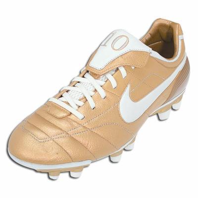 Nike tiempo R10 skyblog de foot crampons tee shirt et