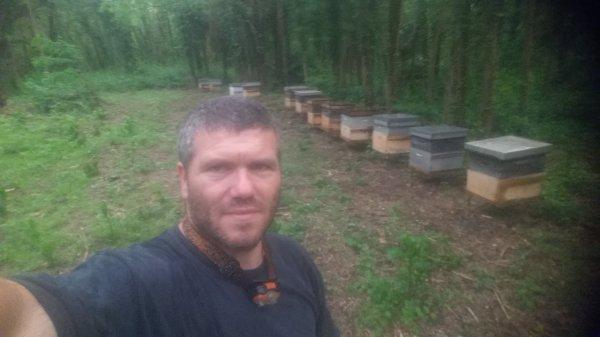 Léo l'apiculteur en herbe