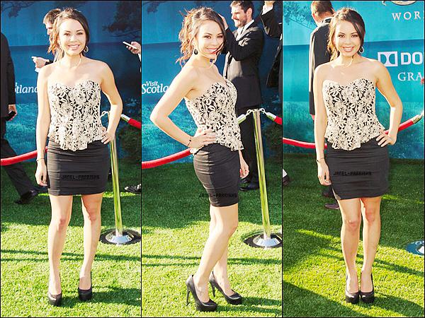 """. 15 JUIN 2012 : Janel s'est rendue à la cérémonie des 14e """"Young Hollywood Awards""""."""