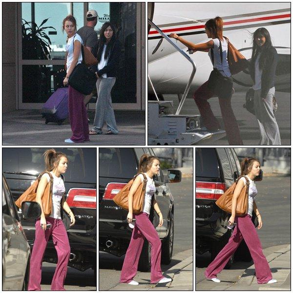 Boarding Private Jet - March 8, 2008