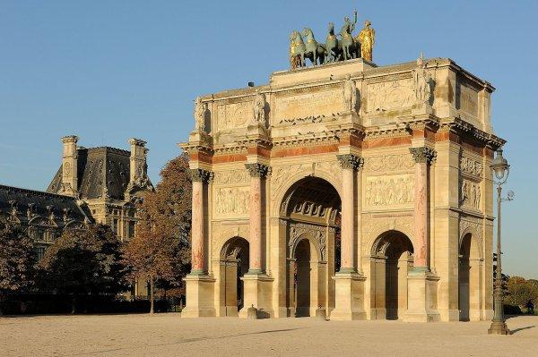 L'arc de triomphe du Carrousel (1er arrondissement de Paris).