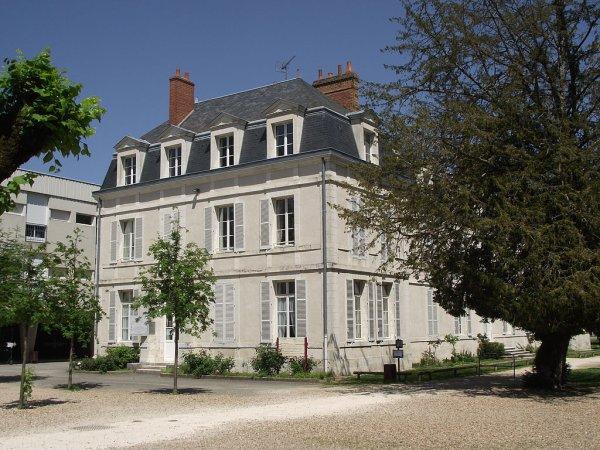 La cité scolaire Augustin-Thierry