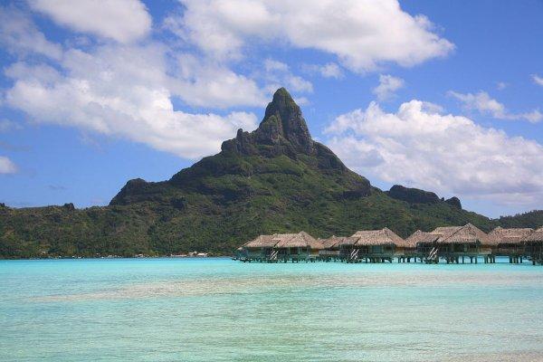 Bora-Bora, île polynésienne.