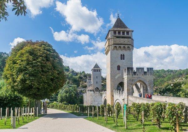 Le pont Valentré, à Cahors (Quercy, France)