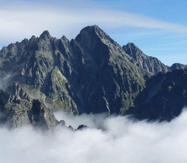 Le Lomnický ¨tít, troisième sommet des Hautes Tatras, en Slovaquie