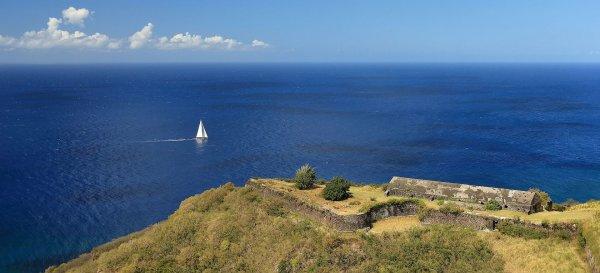 La forteresse de Brimstone Hill, classée par l'UNESCO comme patrimoine mondial de l'humanité (Saint-Thomas Middle Island, Saint-Christophe-et-Niévès)