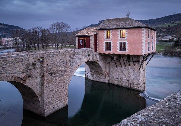 Le moulin du Pont Vieux, à Millau (Occitanie)