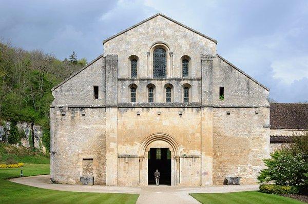 L'église de l'abbaye de Fontenay (Bourgogne-Franche-Comté)