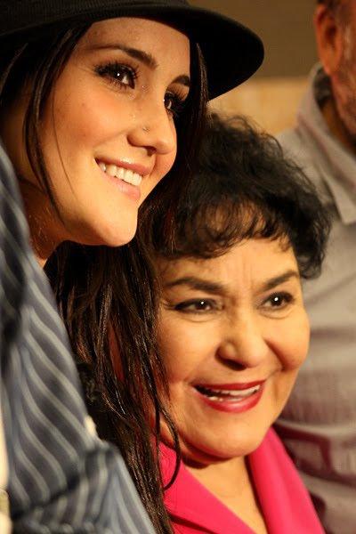 Dulce María em coletiva de imprensa do Festival Internacional de Cine Guadalajara em Guadalajara, México (05.03.12)