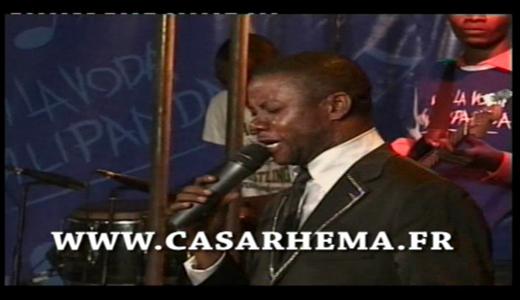 Fr Matou Samuel en concert live à la fikin  !