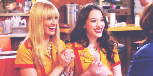 #2 Broke Girls#