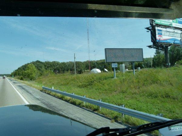 :)    Au Etats-Unis, on remerçie les routiers pour leurs professionnalisme    :)