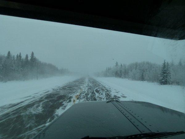 ;)    Tempêtes de neige... Tu en veux, en voilà !    ;)
