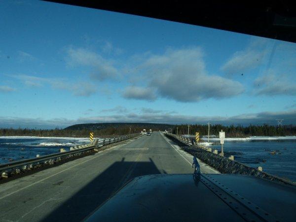 ;)    Paysages de routes de Terre-Neuve    ;)