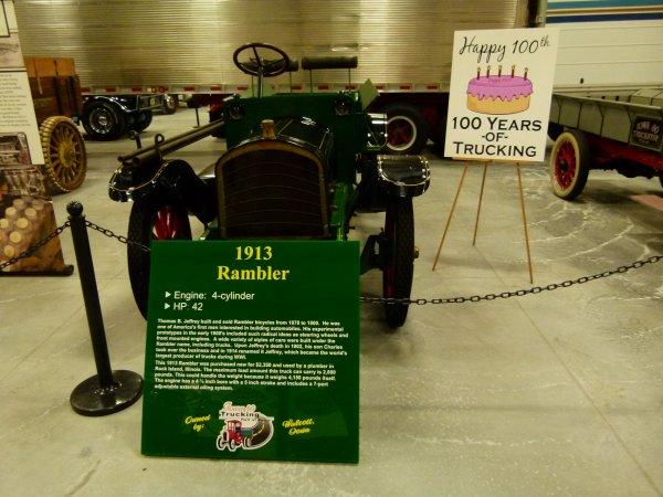 :)    Camions de l'année 1910 à 1919    :)