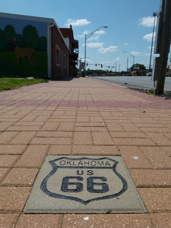":)    Le village de ""Bristow"" ; un village authentique ""route 66""    :)"