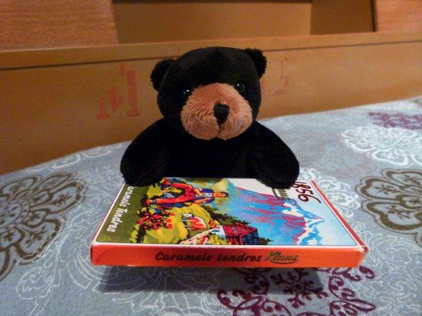 ;)    Salute tou le monde dé gen de blog du biscuit, cé Tomy !    ;)