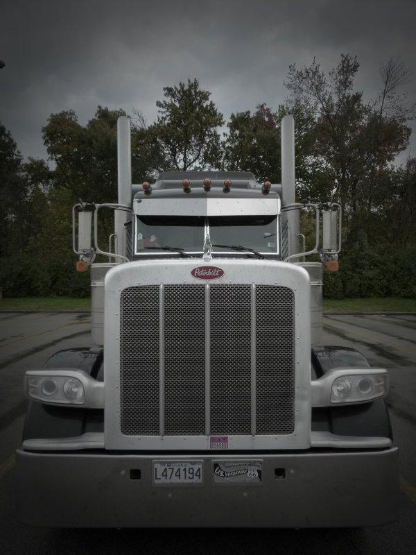 $)    ;)    $)    A mon Truck...    $)    ;)    $)