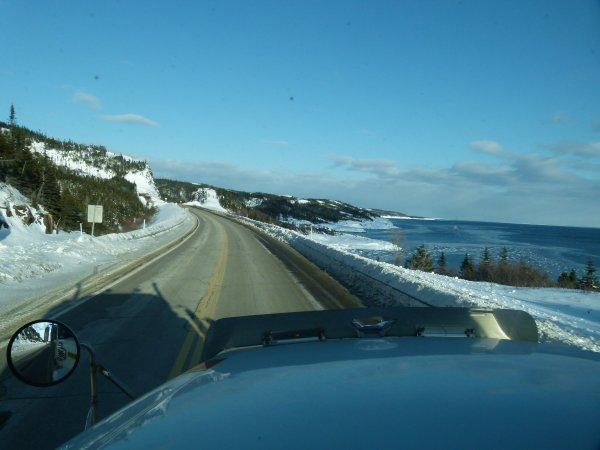 :)    Paysages de la route 138 entre la ville de Sept-îles et Havre-St-Pierre    :)