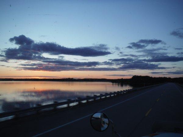 :)    Une autre belle rencontre de route    :)