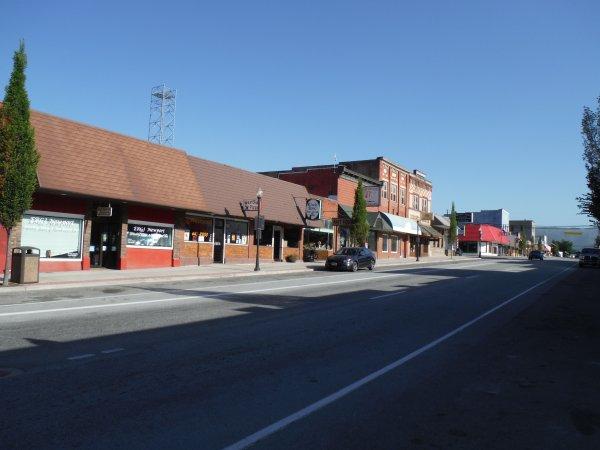 ;)    :)    P'tit coup de coeur pour la ville de Newport    :)    ;)