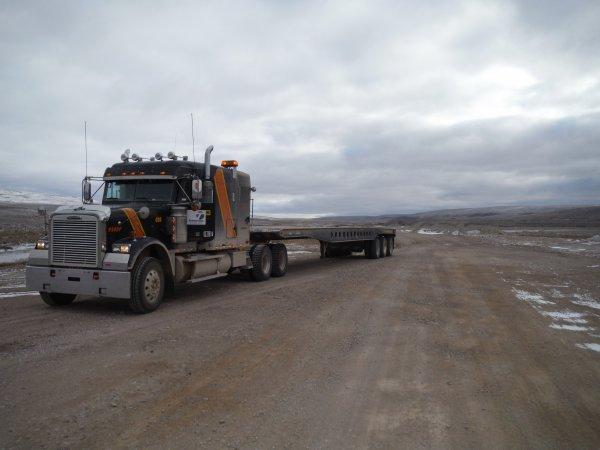 :)    Baffinland... Une Terre hostile!    :)