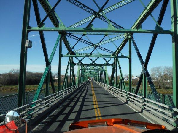 :)    Transport d'un wagon de train dans la province de Québec    :)