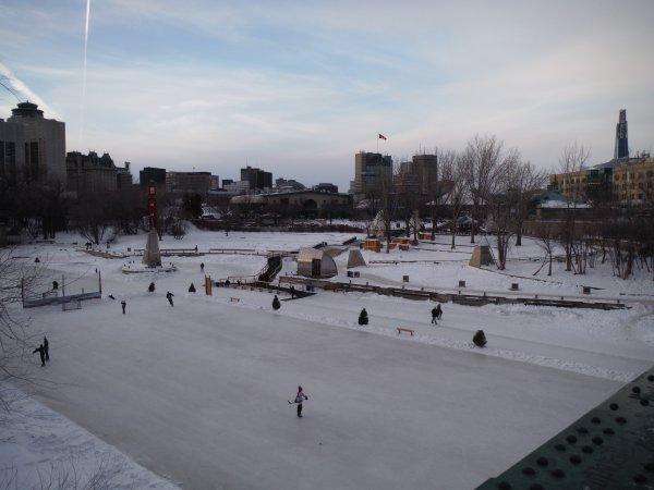 :)    La ville de Winnipeg au Manitoba    :)