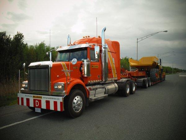:)    ;)    Mon nouveau truck... encore!!! lol    ;)    :)