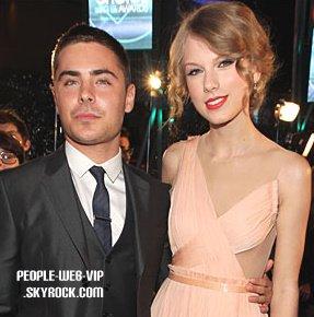 > Taylor Swift  Elle a mit le feu sur scène ! Taylor brille dans sa robe d'or sur scène au Forum Mediolanum (Milan, Italie mardi soir (15 Mars).