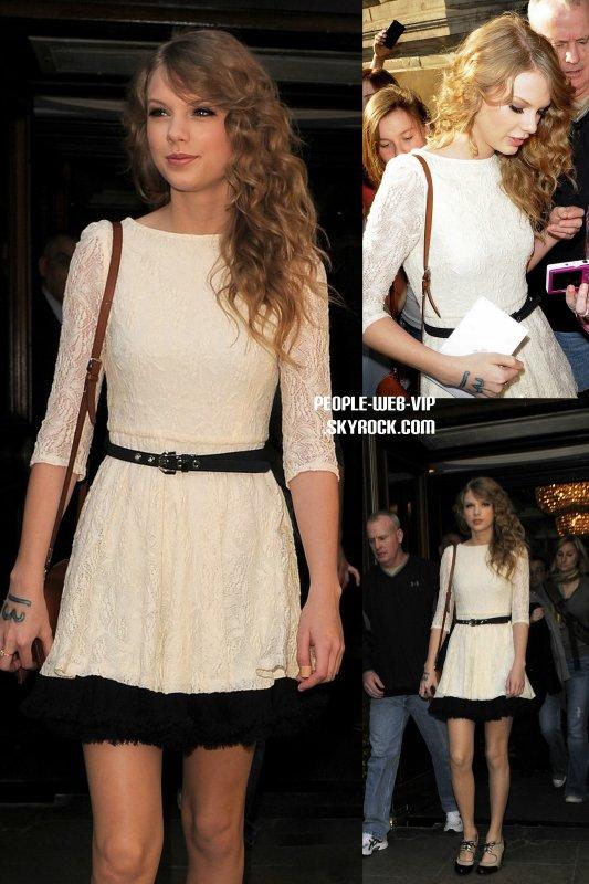 > Taylor Swift   Taylor et sa magnifique robe a dentelle en quittant son hôtel à Londres  (mercredi matin (Mars 23).