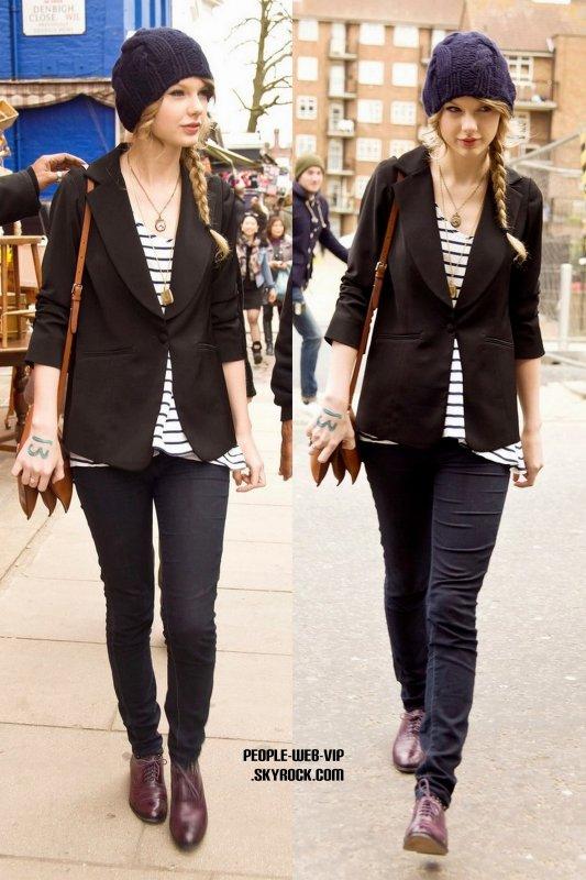 LOOK DU JOUR : Taylor Swift  (mardi(Mars 22) à Londres, en Angleterre.)