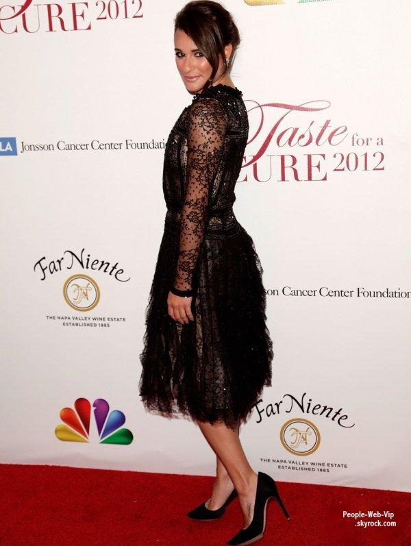 Lea Michele s'est rendue au gala Taste for a cure, tenu par la Jonsson Cancer Center Foundation Elle pose ausis avec Darren Criss  (vendredi (Avril 20) à l'hôtel Beverly Wilshire de Los Angeles)