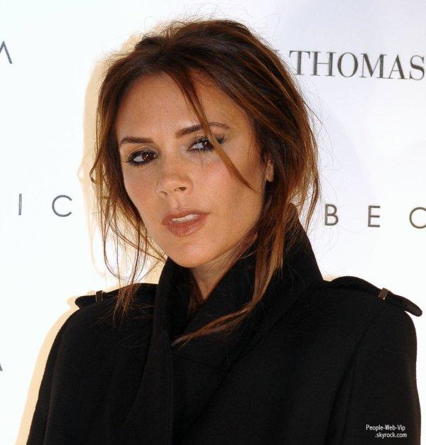 Victoria Beckham a Dublin pour présenter sa collection de vêtements dans le célèbre magasin Brown Thomas (mercredi (Juillet 18) à Dublin, Irlande.)