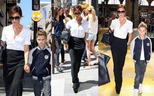 Victoria Beckham aperçu avec son fils Romeo pendant une virée shopping dans les rues de Paris  (lundi (Juillet 23) à Paris, France.)