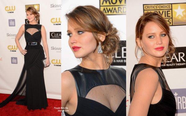 Eva Longoria, Anne Hathaway, Jennifer Lawrence et beaucoup d'autres sur le tapis rouge des  2013 Critics' Choice Awards  (jeudi (Janvier 10) à Santa Monica, Californie)