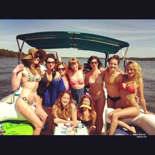 PHOTOS INSTAGRAM : Vanessa Hudgens, Ashley Tisdale, Hayden Panettiere, Miley Cyrus et l'héritiere Paris Hilton ! On préfère laquelle?